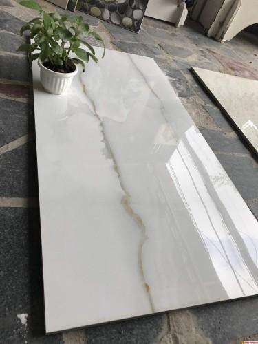 gạch đá ốp tường 45x90 bóng kiếng royal