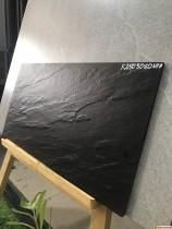 Gạch 30x60 đá nhám sần ốp tường màu đen cao cấp giá rẻ